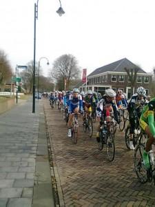 De spanning stijgt, Ronde van Drenthe in Exloo